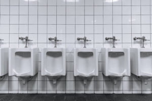 11 Tips For Cleaning Commercial a Bathroom 1